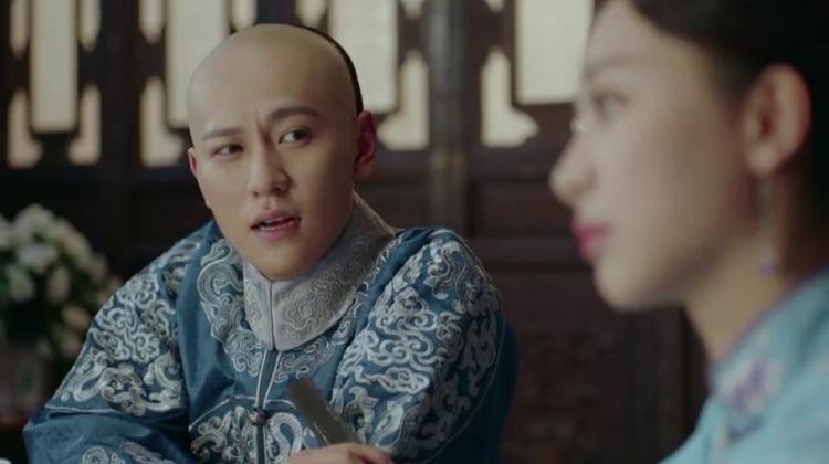 龙珠传奇:皇上贼心不死,逮着机会就撩拨易欢,未婚夫听见气疯了
