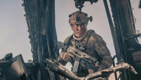 【红海行动】林超贤真枪实弹打造 演员高标准还原海军战场雄姿