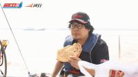 中国帆船公开赛·新疆烤馕就着速食香肠迅速吃完一顿