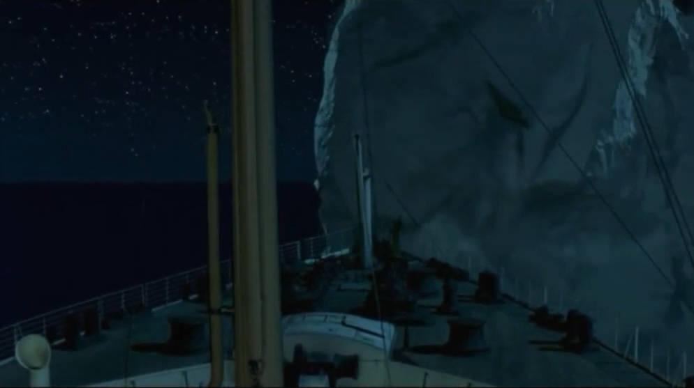 经典片段:泰坦尼克号撞上冰山,真是触目惊心,太震撼了!