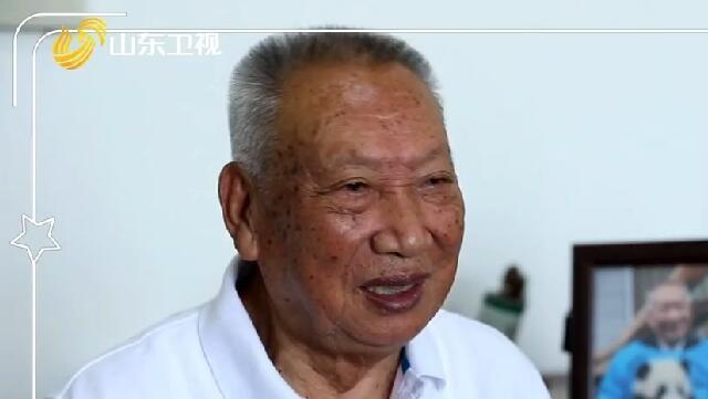 【传家宝里的新中国】跋山涉水10年掌握大熊猫数量分布,他是中国大熊猫研究第一人