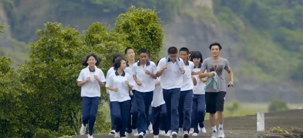 【老师,你会不会回来?】HD高清中文电影预告