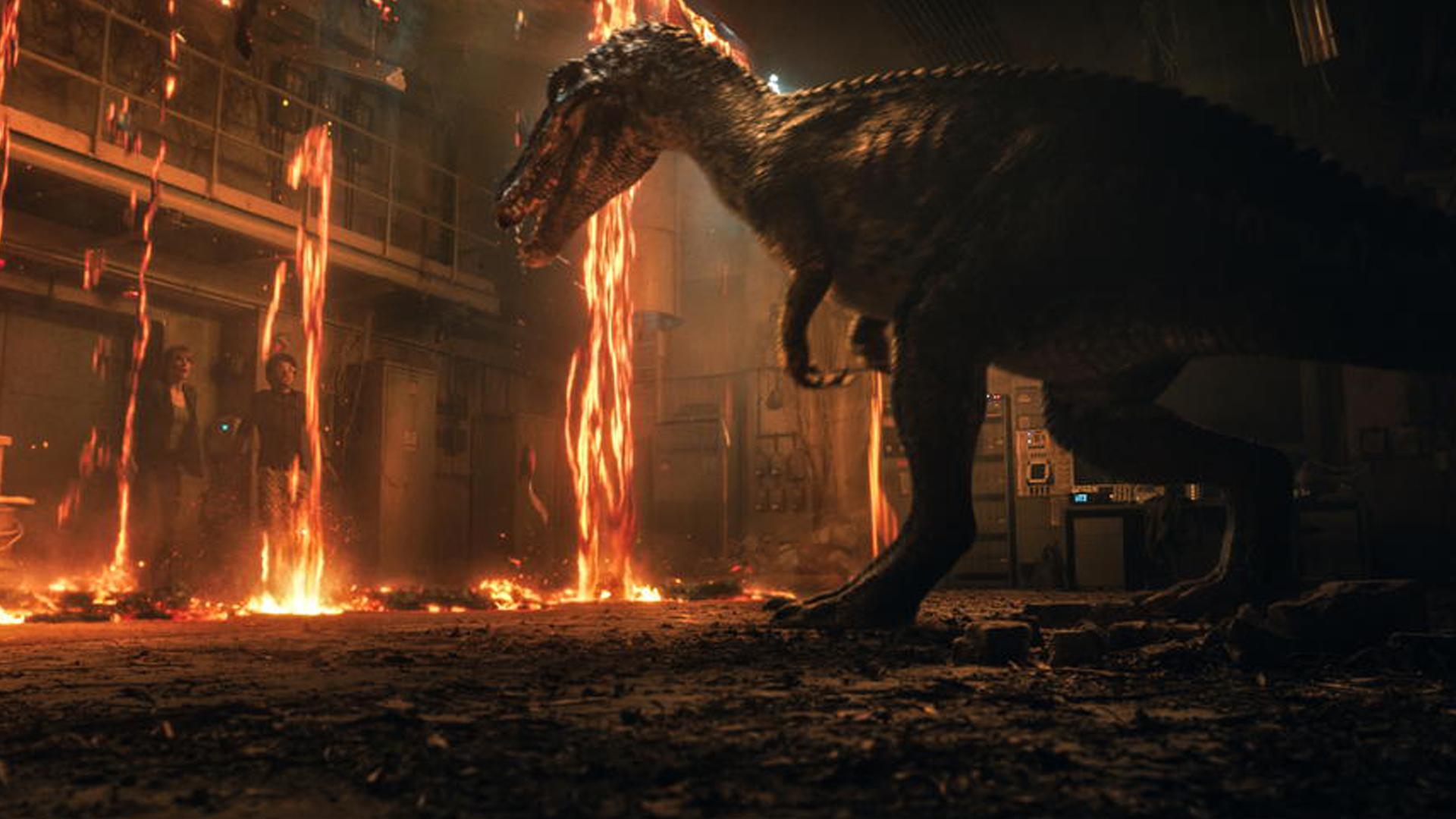 这次轮到人类拯救恐龙了!《侏罗纪世界2》全新预告曝光