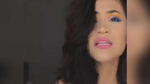 美女挑战多彩艺术眼妆,好看吗?