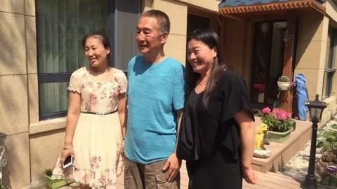 59岁演《大宅门》走红,与妻子恩爱56年零绯闻,儿子成国人的骄傲