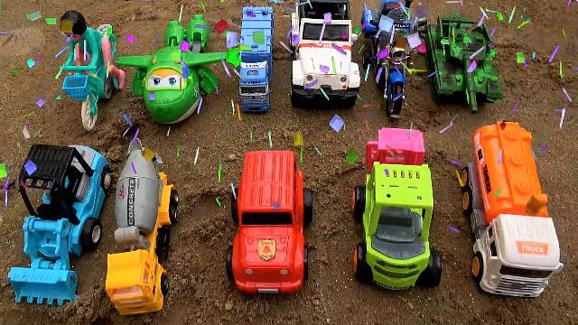 恐龙和运输车种彩虹沙收获汽车工程车和超级飞侠玩具视频