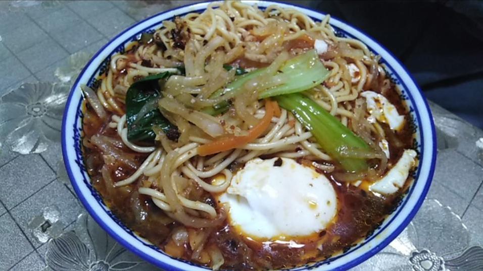 酸菜肉丝小面+酸菜肉丝米线